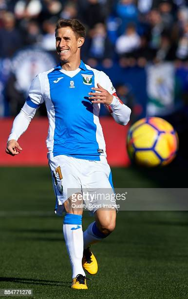 Alexander Szymanowski of Leganes in action during the La Liga match between Leganes and Villarreal at Estadio Municipal de Butarque on December 3...