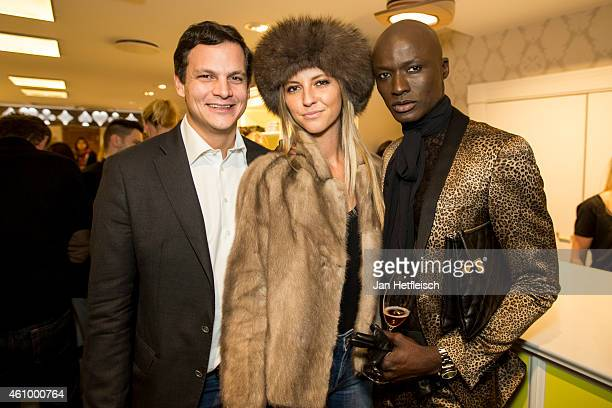 Alexander Tewaag Valentina Henkel and Papis Loveday at the Witty Knitters party on January 3 2015 in Kitzbuehel Austria