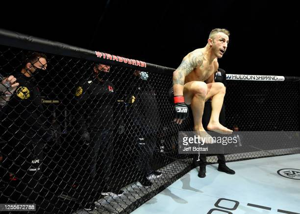 Alexander Volkanovski of Australia prepares to fight Max Holloway in their UFC featherweight championship fight during the UFC 251 event at Flash...