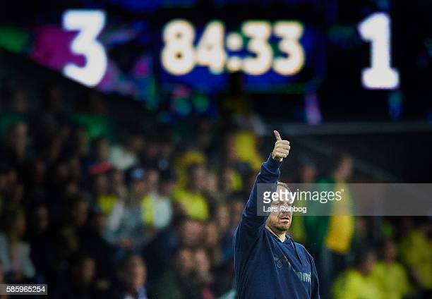 Alexander Zorniger head coach of Brondby IF gives thumbs up during the UEFA Europa League qualifier match between Brondby IF and Hertha Berlin at...