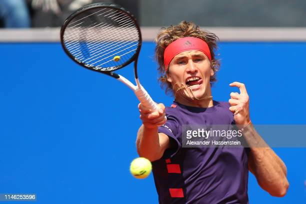 Alexander Zverev of Germany plays a fore hand during his second round match against Juan Ignacio Londero of Argentina on day 5 of the BMW Open at...
