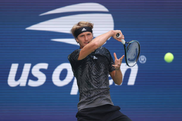 Alexander Zverev of Germany returns against Jannik Sinner of Italy during his Men's Singles round of 16 match on Day Eight of the 2021 US Open at...
