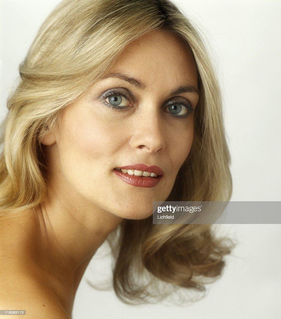 Alexandra Bastedo net worth