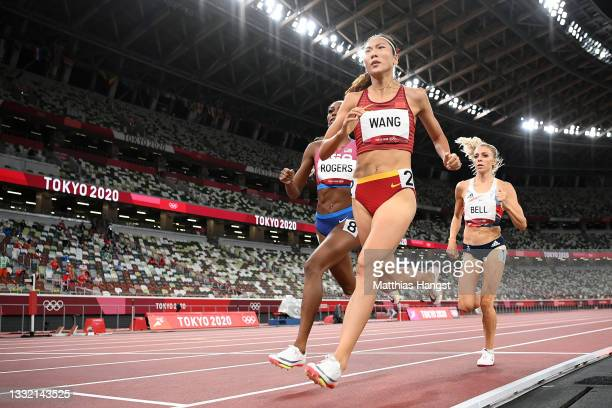 Alexandra Bell of Team Great Britain, Chunyu Wang of Team China and Raevyn Rogers of Team United States compete in the Women's 800m Final on day...