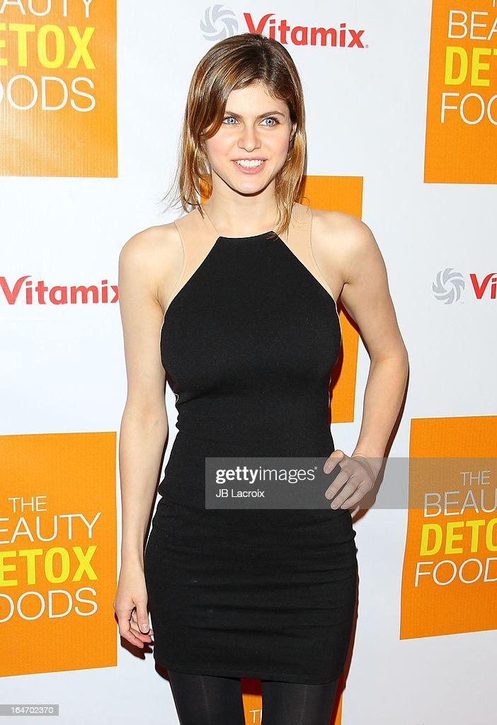 Alexandra Daddario attends the book launch party for 'The Beauty Detox Foods' at Smashbox West Hollywood on March 26, 2013 in West Hollywood, California.