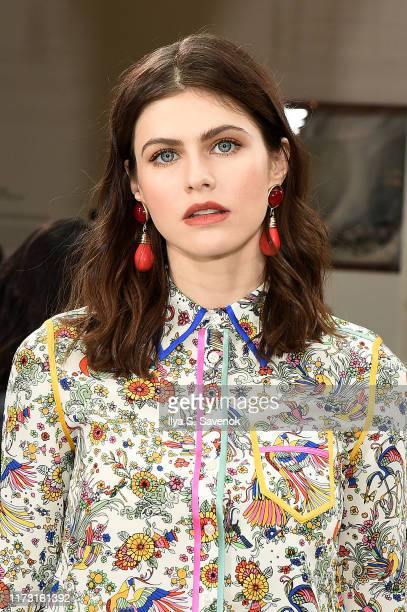 Alexandra Daddario attends Tory Burch NYFW SS20 at the Brooklyn Museum on September 08 2019 in Brooklyn City
