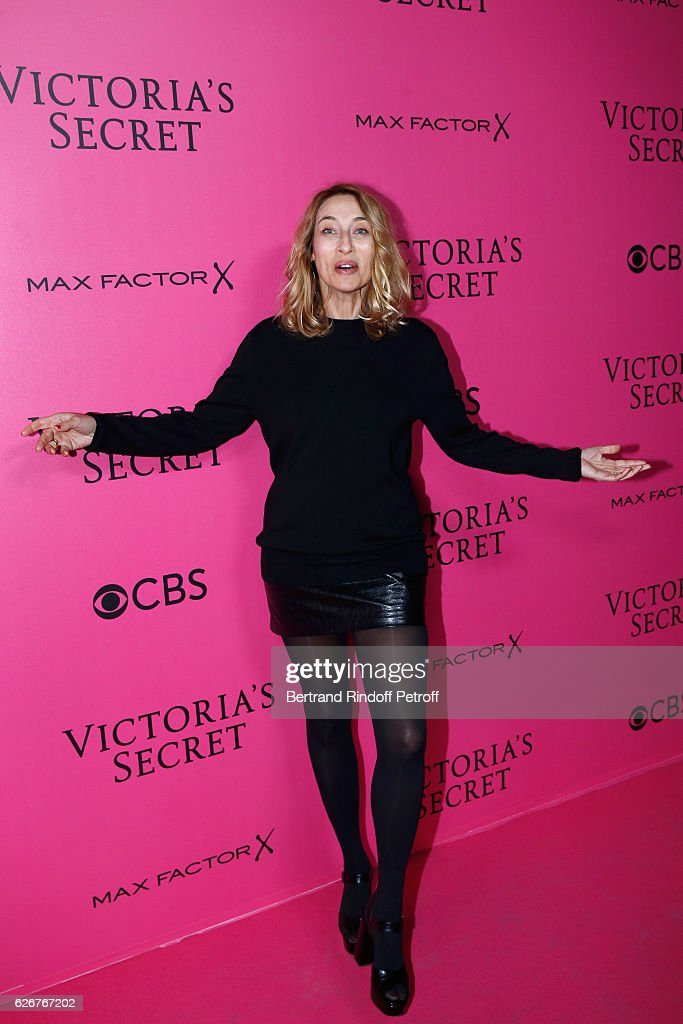 Alexandra Golovanoff attends the 2016 Victoria's Secret Fashion Show. Held at Grand Palais on November 30, 2016 in Paris, France.