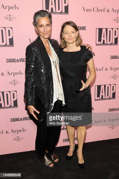 Alexandra Hedison and Jodie Foster attend L.A. Dance Project Annual Gala on October 16, 2021 in Los Angeles, California.