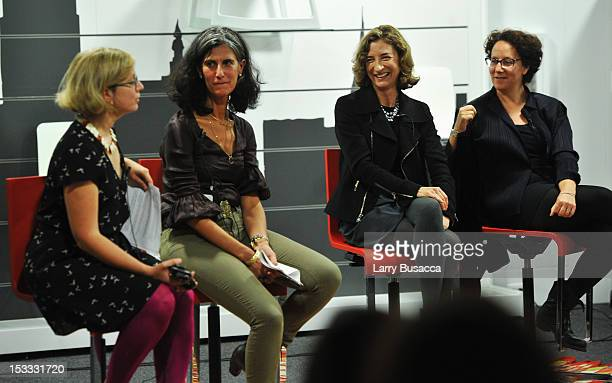 Alexandra Lange Galia Solomonoff Marion Weiss and Claire Weisz speak at the New York Magazine And Dwell Women In Design Panel Discussion on October 3...