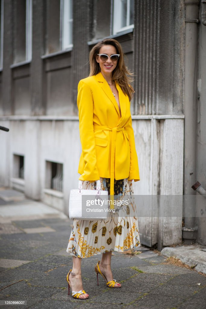 Street Style - Dusseldorf - June 26, 2020 : News Photo