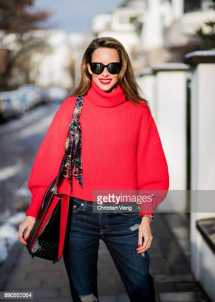 Alexandra Lapp wearing a cropped red turtleneck from HM Adriano Goldschmied Boyfriend denim from AG Jeans Diormania sunglasses by Dior Opyum 110...