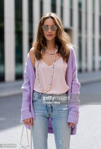 Alexandra Lapp wearing a purple cashmere cardigan by Heartbreaker a rose tank top in silk from Jadicted a high waist nonstrech denim fivepocket 501...