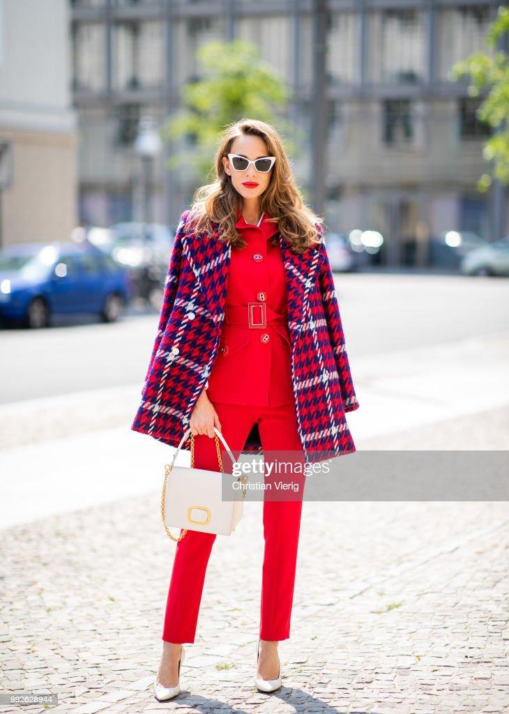 Street Style - Berlin Fashion Week Spring/Summer 2019 - July 5, 2018 : News Photo