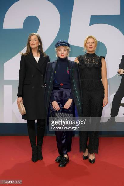 Alexandra Maria Lara Jella Haase and Jördis Triebel attend the '25 km/h' movie premiere at CineStar on October 25 2018 in Berlin Germany