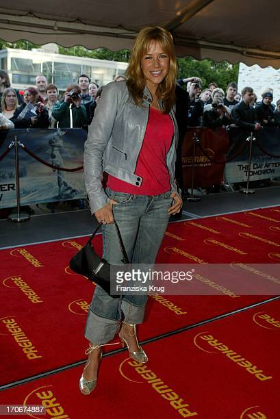 Alexandra Neldel Bei Der Day After Tomorrow Deutschland Premiere In Berlin Am 210504 Im
