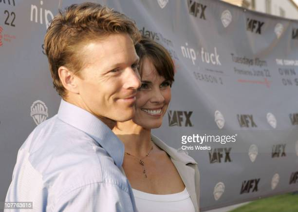 nip tuck season 2 premiere red carpet ストックフォトと画像 getty