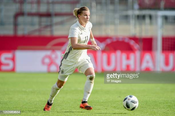 Alexandra Popp of German Women National controls the ball during the women friendly match between Germany and Austria on October 5 2018 in Essen...