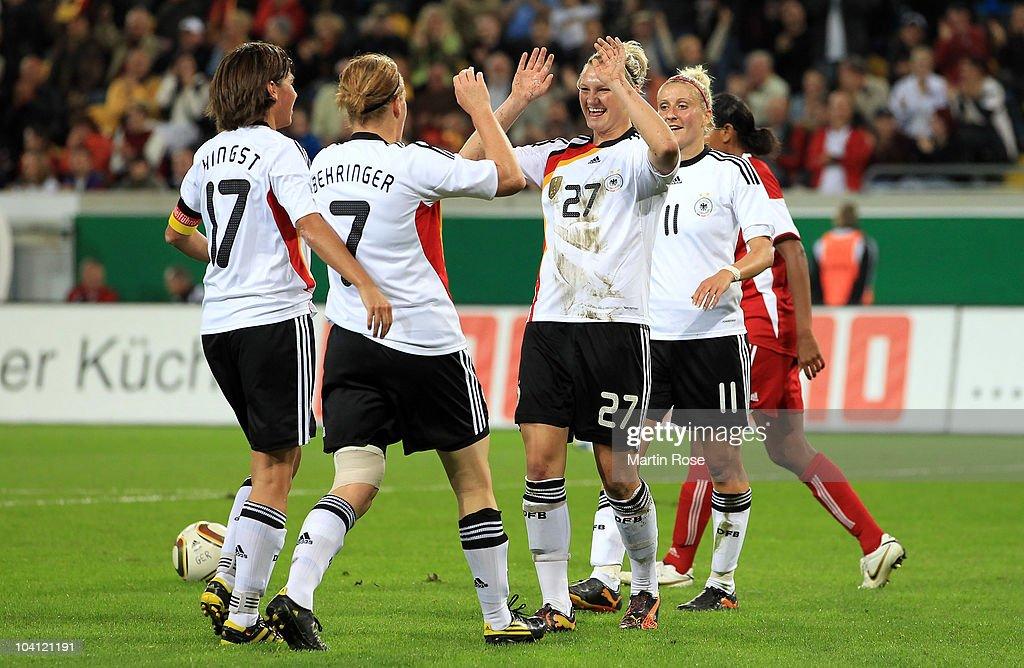 Germany v Canada - Women's International Friendly : ニュース写真