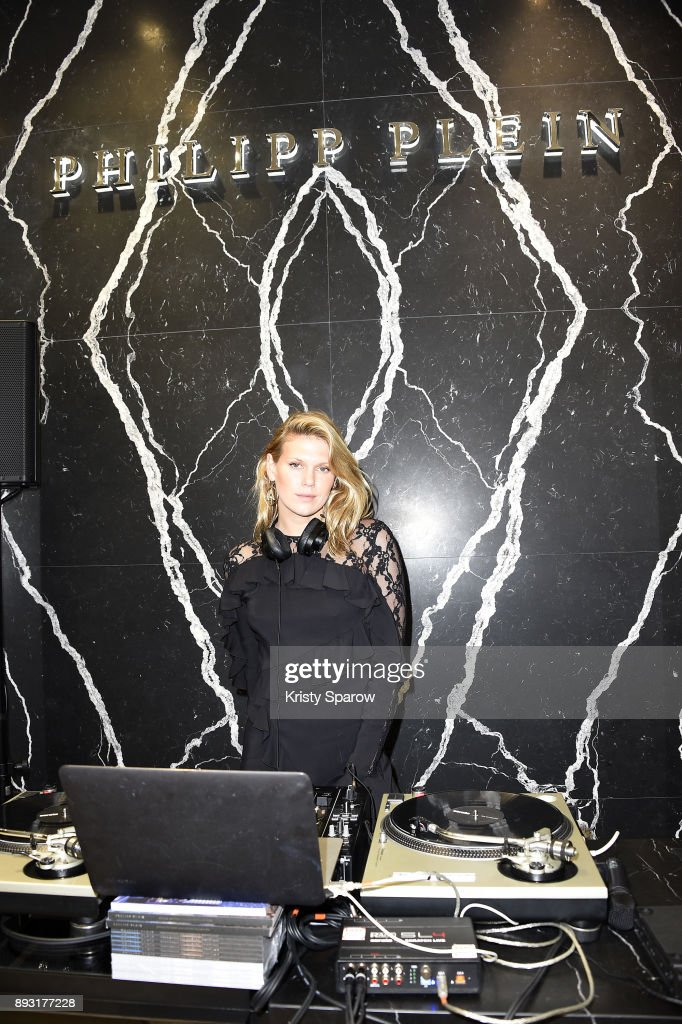 Alexandra Richards performs during the Philipp Plein Store Opening Cocktail on December 14, 2017 in Paris, France.