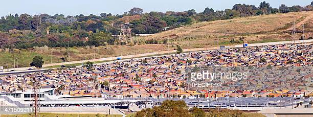 alexandra township in johannesburg - alexandra township stock pictures, royalty-free photos & images