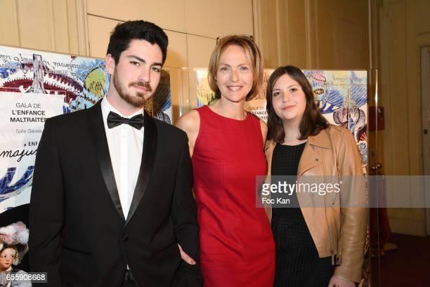 Alexandra Vandernoot attends 'Gala D'Enfance Majuscule 2017' Charity Gala At Salle Gaveau on March 20 2017 in Paris France