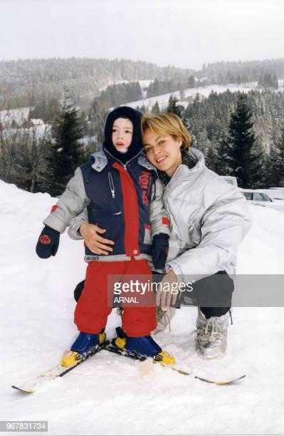 Alexandra Vandernoot et son fils Léo au Festival du Film Fantastique de Gérardmer le 31 janvier 1999 France