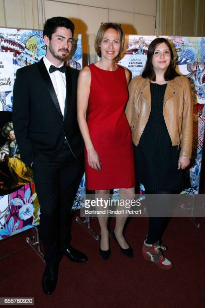 Alexandra Vandernoot standing between her children Julia and Leo attend the 'Enfance Majuscule 2017' Charity Gala for the benefit of abused childhood...