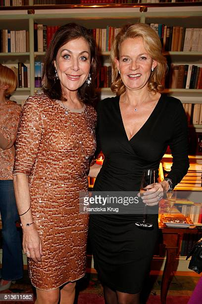 Alexandra von Rehlingen and Katrin HinrichsAust attend the private dinner after the CADENZZA Store Cocktail on March 03 2016 in Hamburg Germany