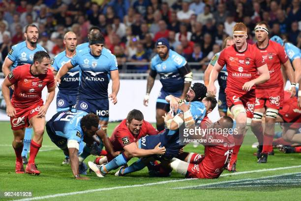 Alexandre Dumoulin of Montpellier scores a try during the Top 14 semi final match between Montpellier Herault Rugby and Lyon on May 25 2018 in Lyon...