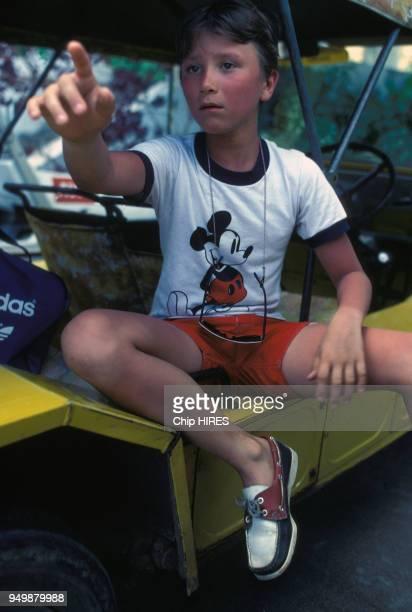 Alexandre fils de Claude Brassseur en vacances aux Seychelles en avril 1981