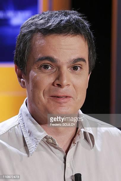 Alexandre Jardin at the TV talk show 'Vol de nuit' hosted by Patrick Poivre D'Arvor in Paris France on August 31st 2005