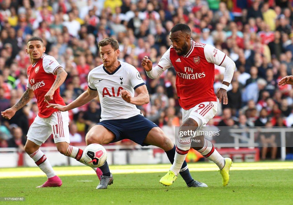 Arsenal FC v Tottenham Hotspur - Premier League : Nieuwsfoto's