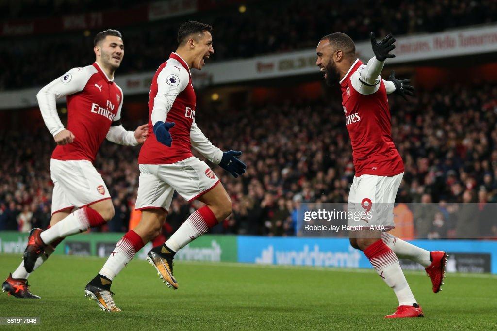 Arsenal v Huddersfield Town - Premier League : News Photo