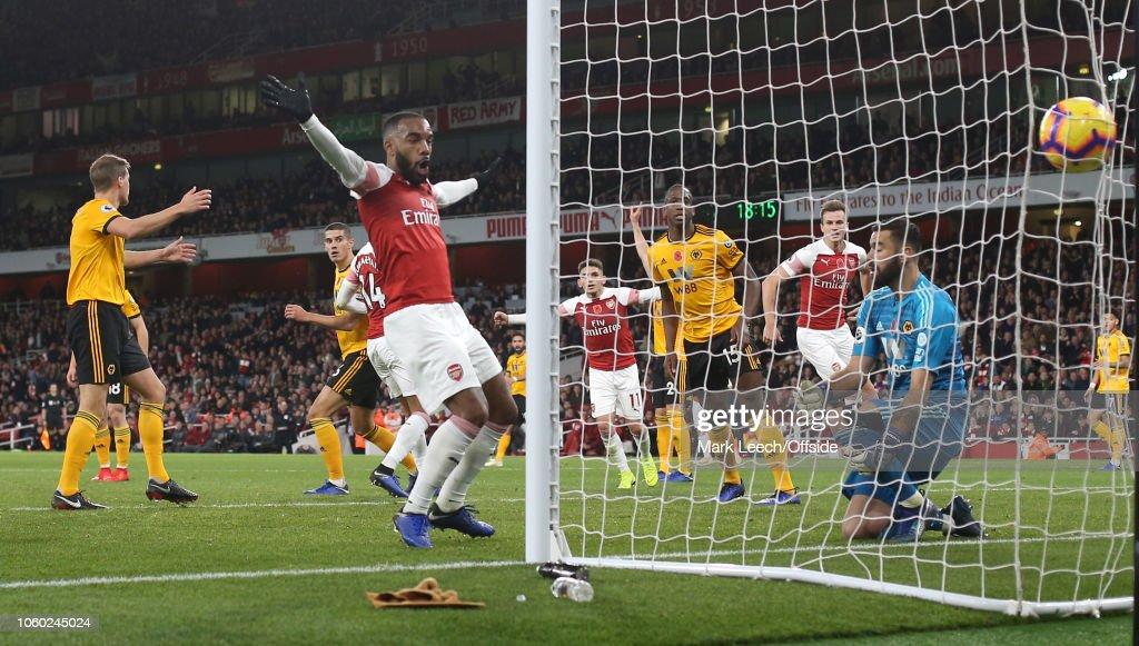 Arsenal FC v Wolverhampton Wanderers - Premier League : News Photo