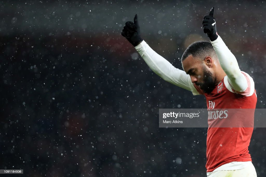 Arsenal FC v Cardiff City - Premier League : News Photo