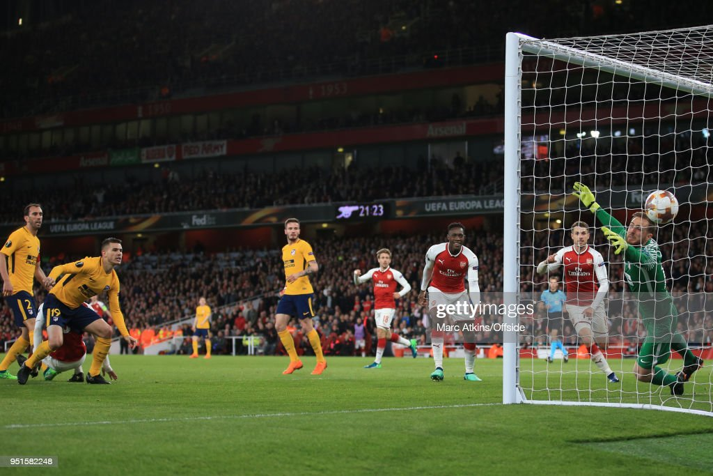 Alexandre Lacazette of Arsenal scores the opening goal during the UEFA Europa League Semi Final 1st Leg match between Arsenal FC and Atletico Madrid at Emirates Stadium on April 26, 2018 in London, United Kingdom.