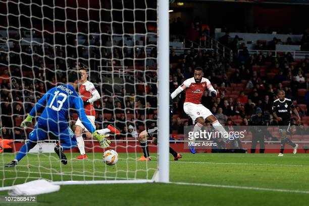 Alexandre Lacazette of Arsenal scores the opening goal of the game during the UEFA Europa League Group E match between Arsenal and Qarabag FK at...