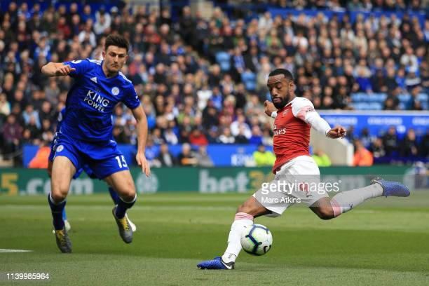 Alexandre Lacazette of Arsenal shoots during the Premier League match between Leicester City and Arsenal FC at The King Power Stadium on April 28...