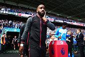 huddersfield england alexandre lacazette arsenal walks