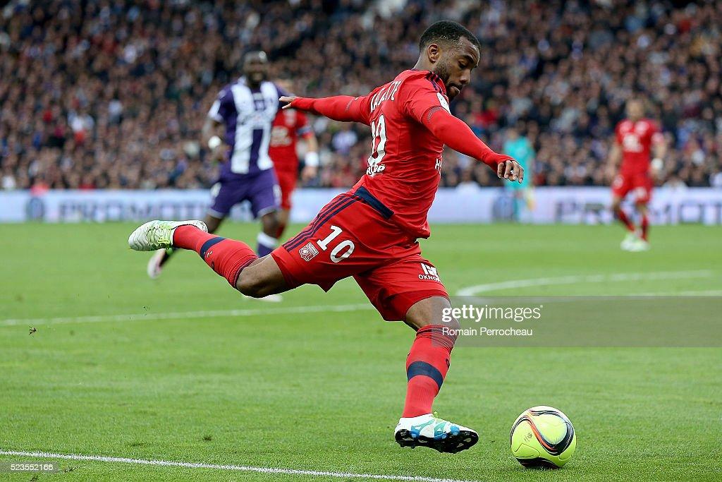 Toulouse / Lyon - Ligue 1 : News Photo