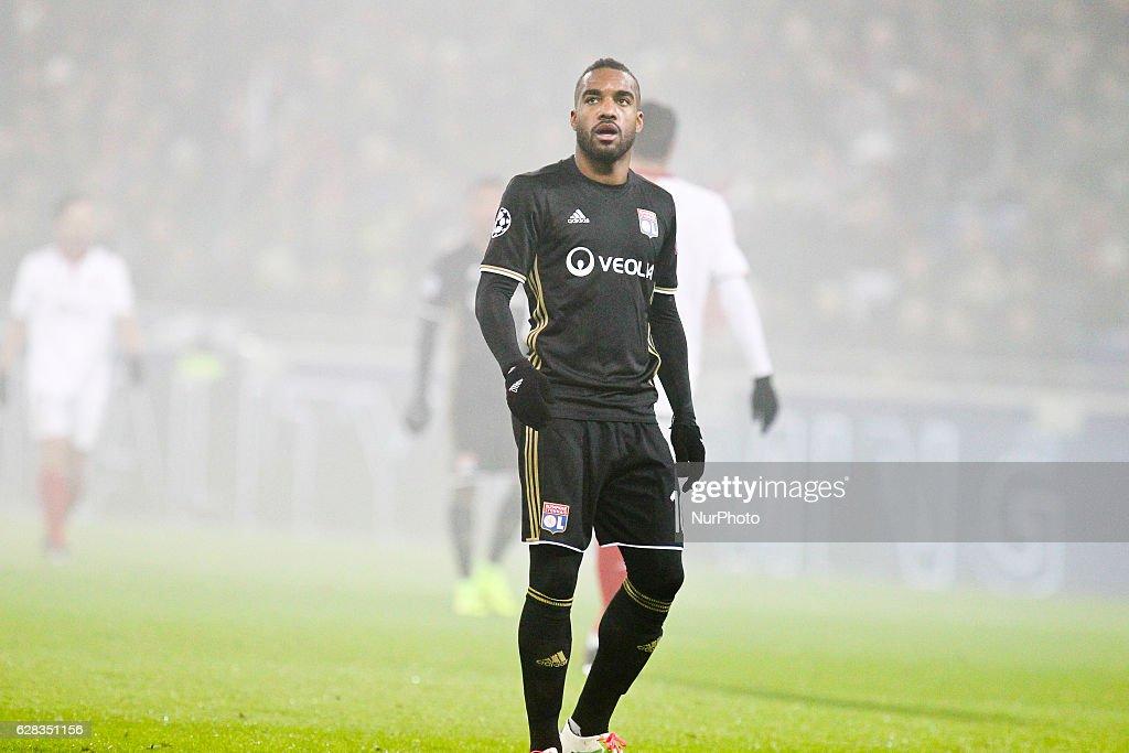 Olympique Lyonnais v FC Sevilla - Champions League : News Photo
