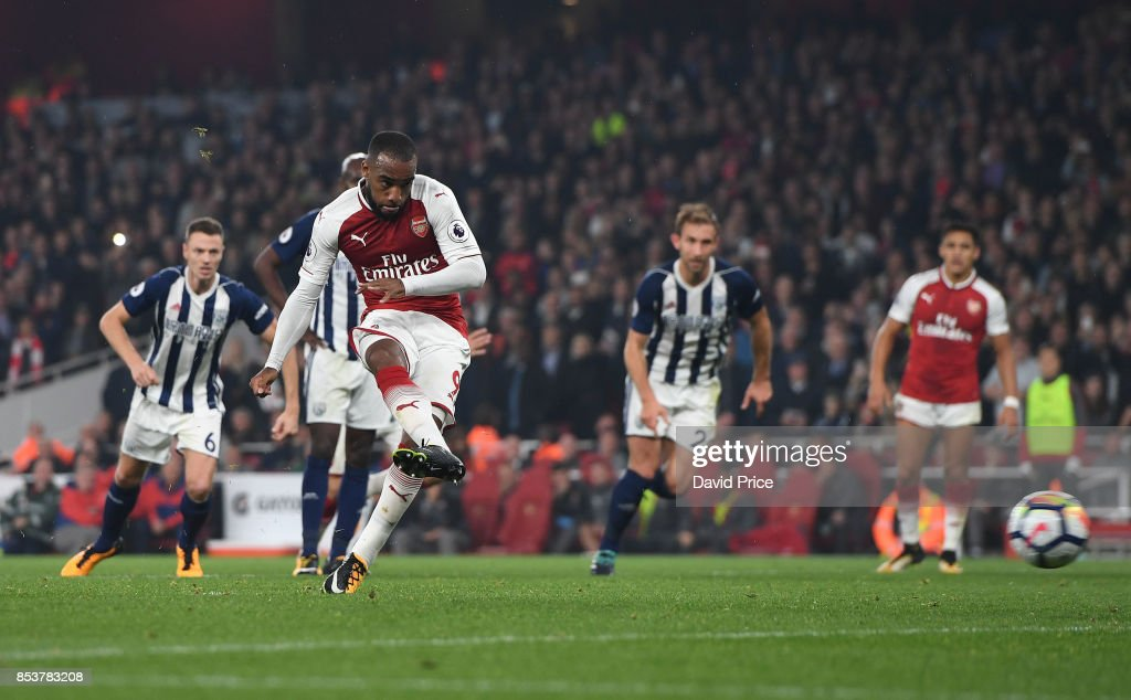 Arsenal v West Bromwich Albion - Premier League : ニュース写真