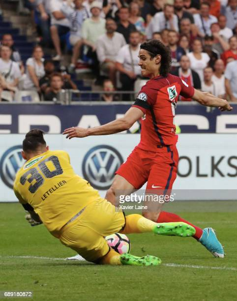 Alexandre Letellier of SCO Angers stop the ball over Edinson Cavani of Paris SaintGermain during the French Cup Final match between Paris...