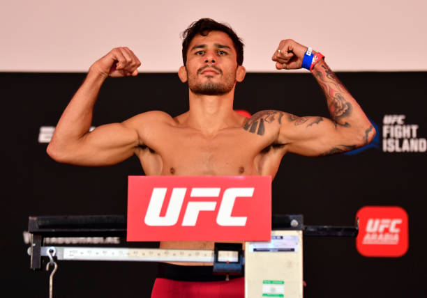 ARE: UFC Fight Night: Figueredo v Benavidez 2 Weigh-in