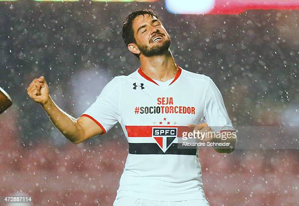 Alexandre Pato of Sao Paulo celebrates their second goal during the match between Sao Paulo and Flamengo for the Brazilian Series A 2015 at Morumbi...