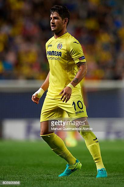 Alexandre Pato of Villarreal looks on during the UEFA Europa League Group L match between Villarreal and Zurich at El Madrigal Stadium on September...