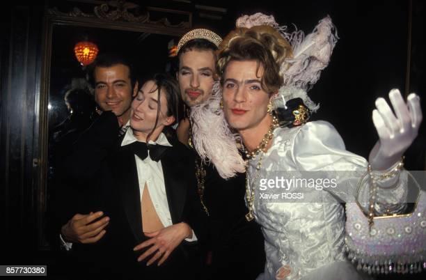 Alexandre Zouari et Cyril Bedel au Bal des Degoutantes chez Castel le 13 decembre 1993 a Paris France