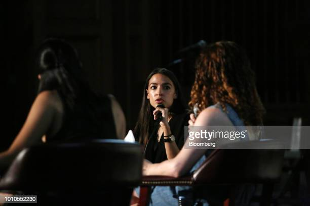 Alexandria OcasioCortez a Democratic US Representative candidate from New York center speaks during an event at the First Unitarian Church of Los...