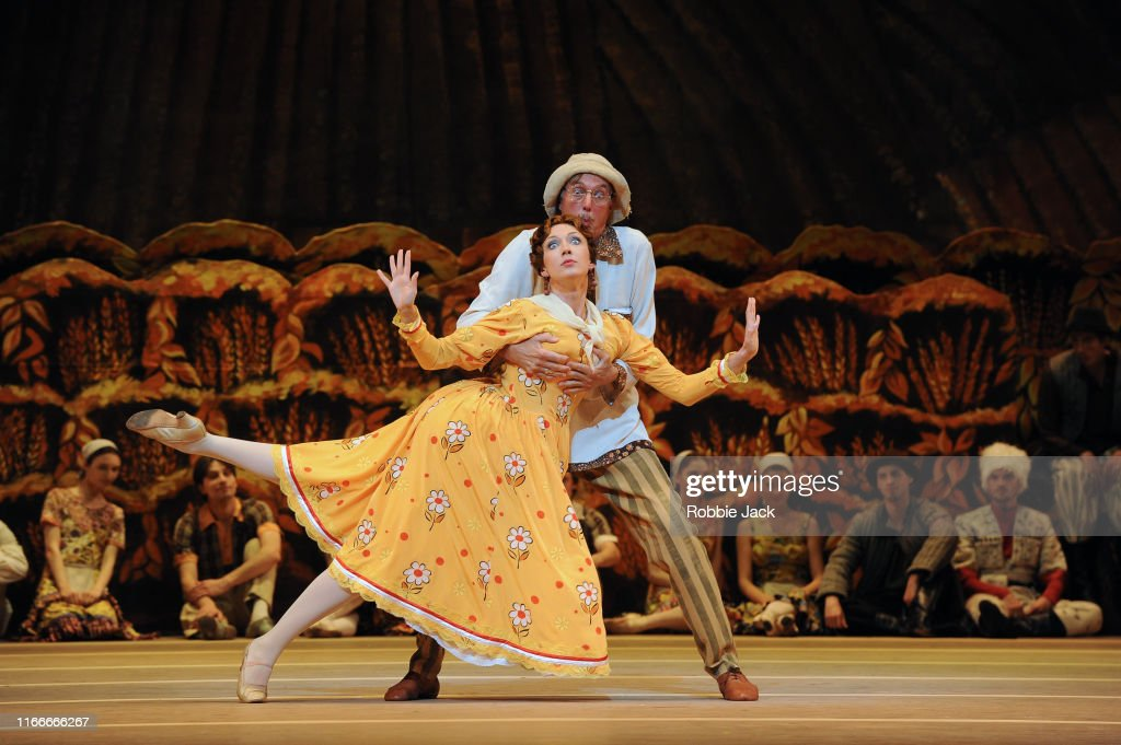 "Bolshoi Ballet's ""The Bright Stream"" At Covent Garden : News Photo"