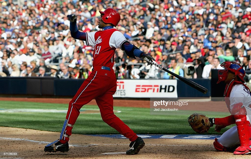 WBC: Cuba v Dominican Republic : News Photo